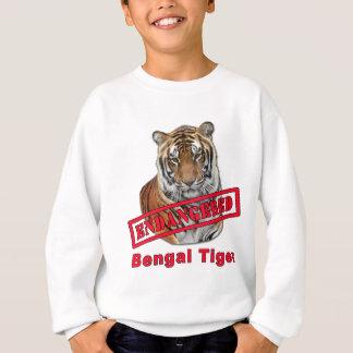 Gefährdete bengalische Tiger-Produkte Sweatshirt