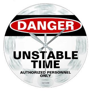 Gefahreninstabile Zeit-Aussenseiteruhr Große Wanduhr