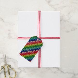Gefärbt in den Zeichenpapiers- mit Geschenkanhänger