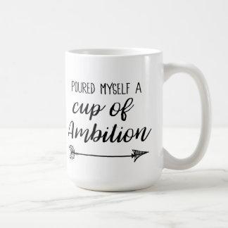 Gegossen eine Schale Ehrgeiz Kaffeetasse