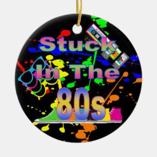 Gehaftet im 80er keramik ornament