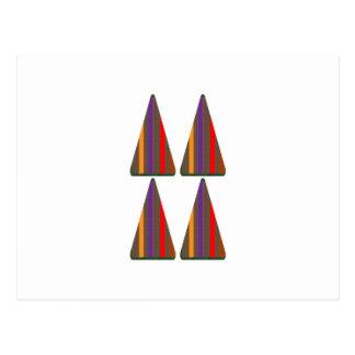 Geheimcode: PYRAMIDE Dreieck-Kunst: NIEDRIGER Postkarte