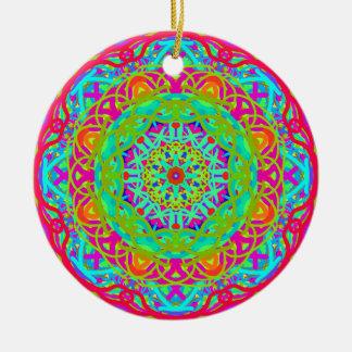 Gelassen uns feiern Sie bunten Mandala Rundes Keramik Ornament