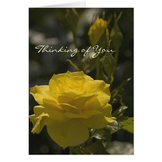 Gelbe Abends-Rose, denkend an Sie Karte