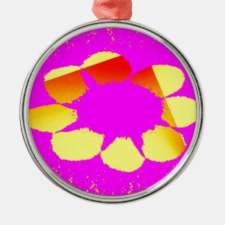 gelbe Blume Rundes Silberfarbenes Ornament