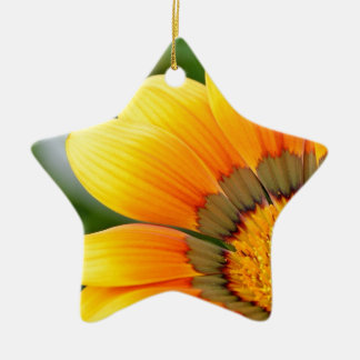 Gelbe Blüte Keramik Stern-Ornament
