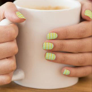 Gelbe Gänseblümchen-Nagel-Abziehbilder Minx Nagelkunst