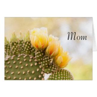 Gelbe Kaktus-Blumen der Mammas Grußkarte