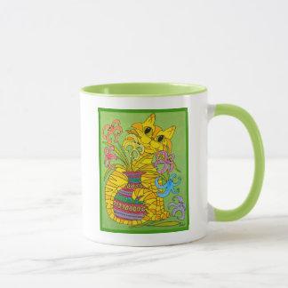 Gelbe Katze mit Vase Lilien Tasse
