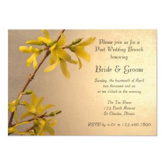 Gelber Frühlingforsythia-Posten-Hochzeits-Brunch 12,7 X 17,8 Cm Einladungskarte