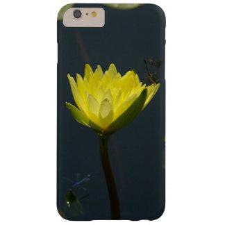 Gelber Lotos-Wasserlilie-Telefon-Kasten Barely There iPhone 6 Plus Hülle