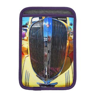 Gelbes klassisches Auto iPad Minivertikale Sleeve Für iPad Mini