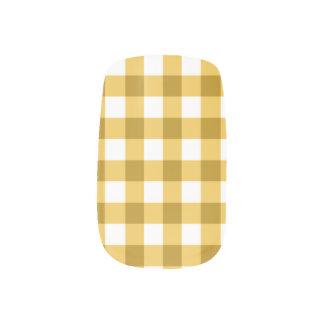 Gelbes und weißes Gingham-Karo-Muster Minx Nagelkunst