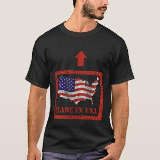 Gemacht im grundlegenden dunklen T - Shirt