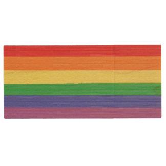 Gemalte Regenbogen-Flagge Holz USB Stick