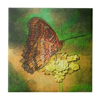 Gemalter Schmetterling auf Blumen-Stamm Kleine Quadratische Fliese