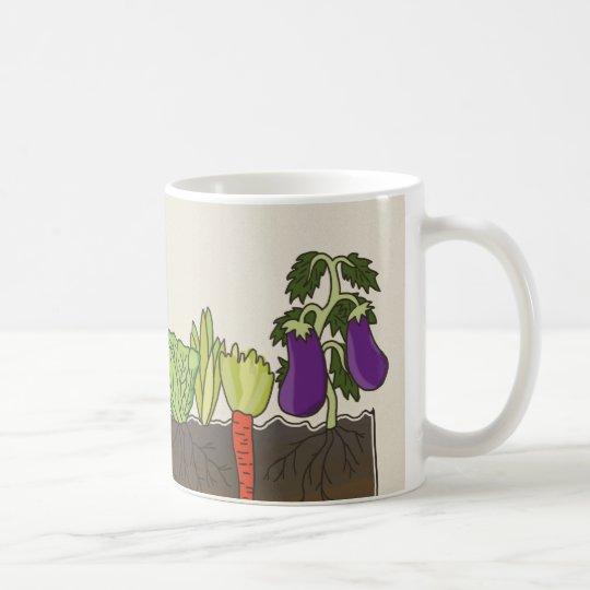 Gemüsegartenbodenerde überlagert Küchendekor Kaffeetasse