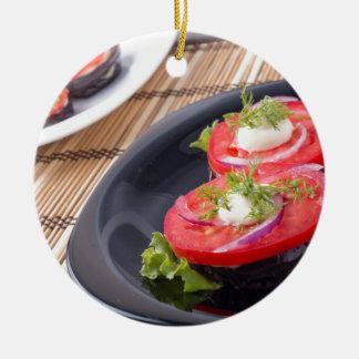 GemüseGeschirr der gedämpften Aubergine und des Rundes Keramik Ornament