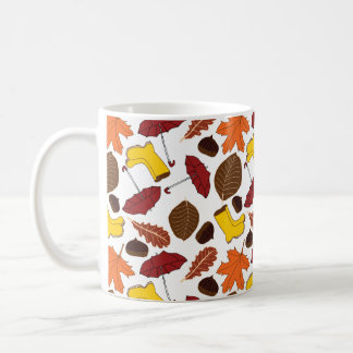 Gemusterte Tasse des Herbstes