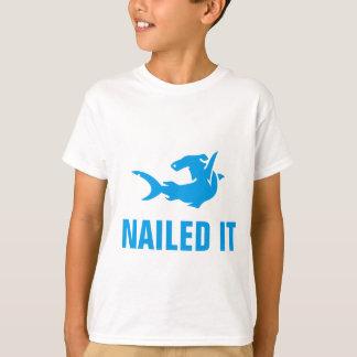 Genagelt ihm T-Shirt
