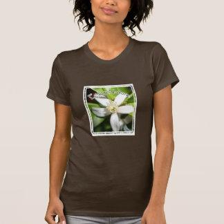 Genießen Sie Natur - orange Blume T-Shirt