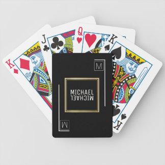 geometrische schwarze Spielkarten mit Namen u.
