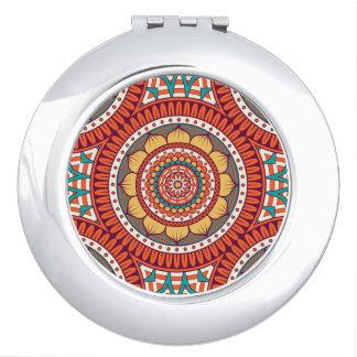 Geometrisches ethnisches böhmisches rote taschenspiegel