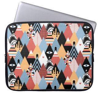 Geometrisches Muster des modernen mystischen Laptopschutzhülle