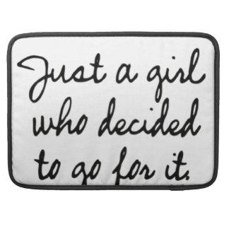 Gerade ein Mädchen, das sich entschied, für es zu Sleeve Für MacBooks