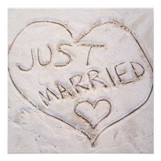 Gerade verheiratete Mitteilung Quadratische 13,3 Cm Einladungskarte