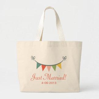 Gerade verheiratete personalisierte Taschen-Tasche Jumbo Stoffbeutel