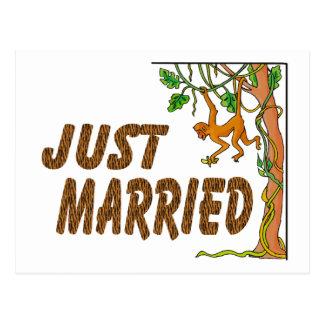 Gerade verheiratetes Dschungel-Fieber Postkarte