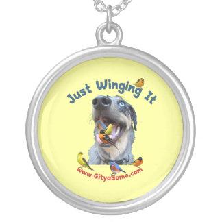 Gerade Winging es Vogel-Hund Versilberte Kette