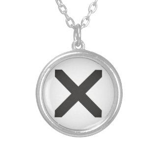 Gerader Rand X Halskette Mit Rundem Anhänger