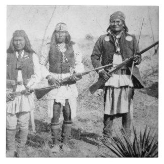 Geronimo und drei seiner Apache-Krieger, 1886 (b Keramikfliese