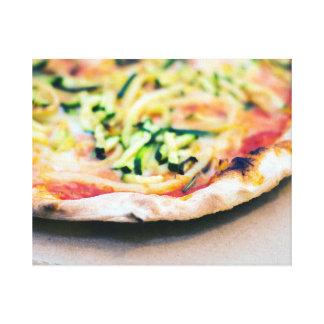 Geschmackvolle Gemüsepizza Leinwanddruck