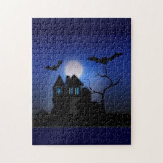 Gespenstisches Moonlit Spuk Haus-Puzzlespiel