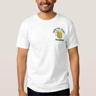 Gestickter irischer Pub-Schleichen-Meister-T - Besticktes T-Shirt