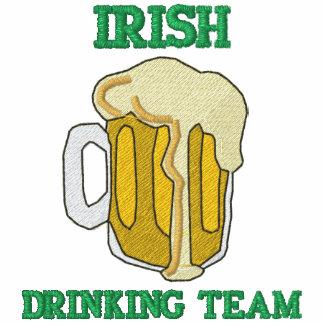 Gestickter irischer trinkender Team-T - Shirt