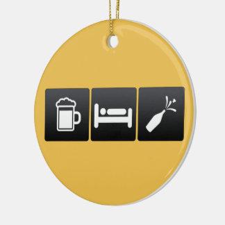 Getränk, Schlaf und Champagner Keramik Ornament