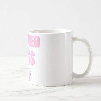 getretener Hintern-Brustkrebs-Überlebender Kaffeetasse