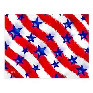 Gewellte patriotische blaue Sterne über den roten Postkarte