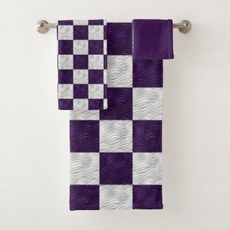 Gewelltes strukturiertes Lila u. Weiß Checkered Badhandtuch Set
