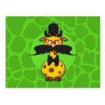 Girafe secrète drôle dans le déguisement de mousta