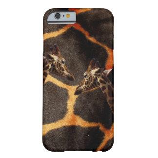 Giraffen auf exotischem Giraffen-Hintergrund, Barely There iPhone 6 Hülle