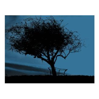 Glastonbury Weißdorn. Schwarzes und Blau. Baum Postkarte