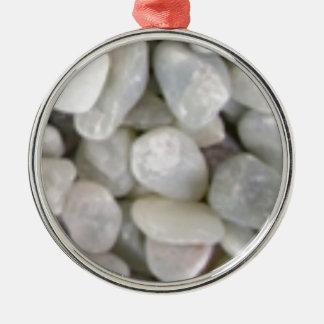 glatte weiße Steine der Felsen Silbernes Ornament