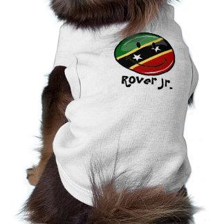 Glattes rundes lächelndes St. Kitts und T-Shirt