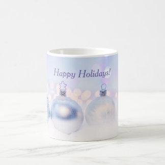 Glückliche Feiertags-weiße und blaue Tasse