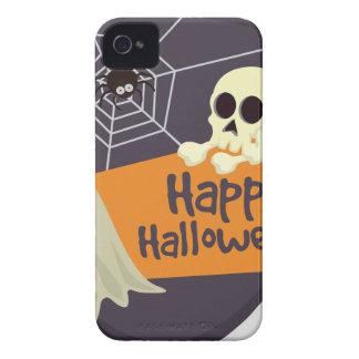 Glückliche Halloweengeister und -gekreuzte Knochen iPhone 4 Hülle